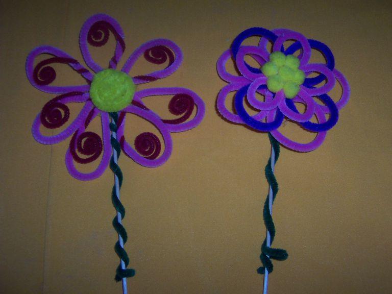 Flores De Diferentes Materiales