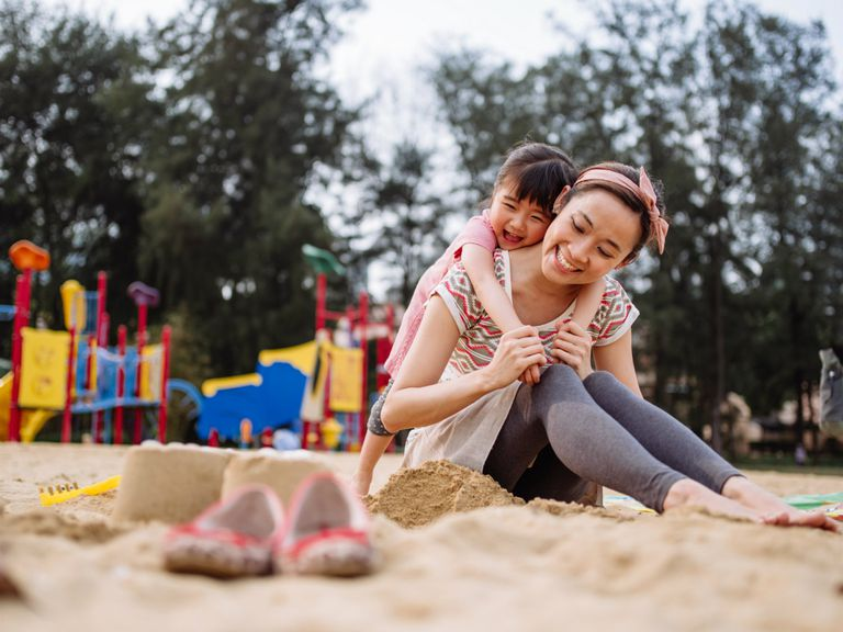 How to Go From Being from a Working Mom to a Stay-at-Home Mom