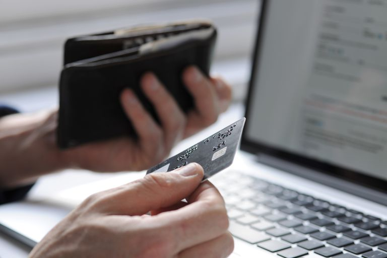Transacción en línea