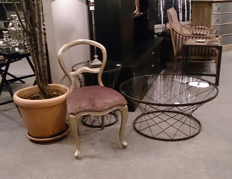 Pintar un mueble de madera en dorado - Pintar sillas de madera ...