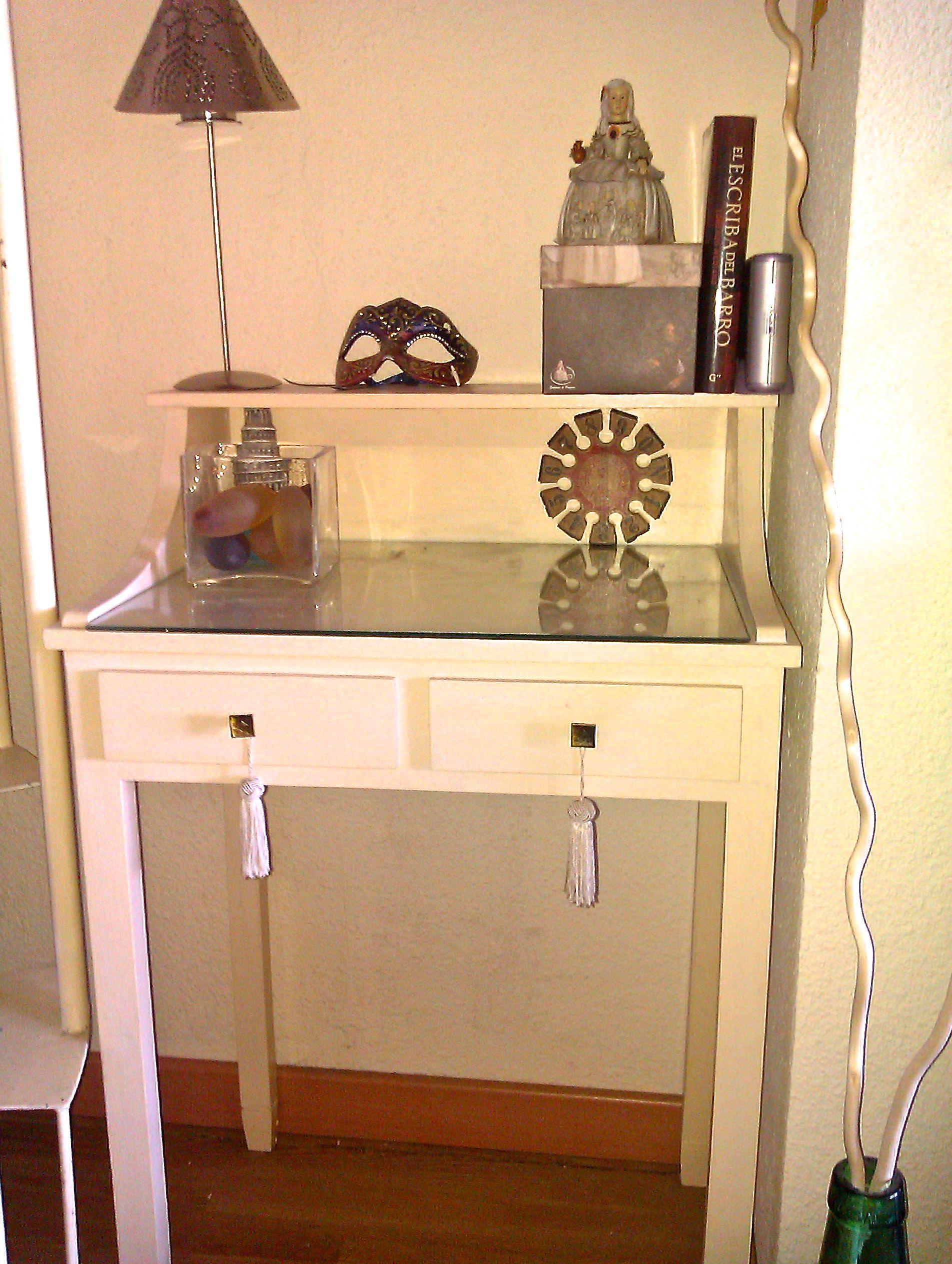 Pintar un mueble en blanco envejecido - Muebles en blanco ...