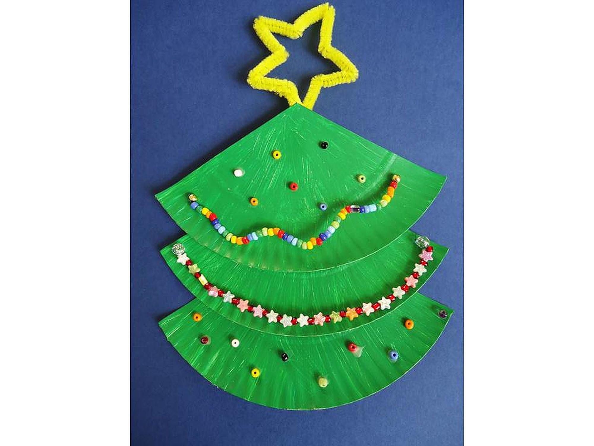 Como Decorar Campanas Navidenas En Icopor.6 Adornos Para Navidad Con Platos Desechables