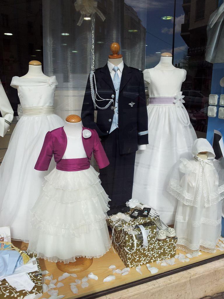 f62eef6f Vestido y accesorios de niña para primera comunión