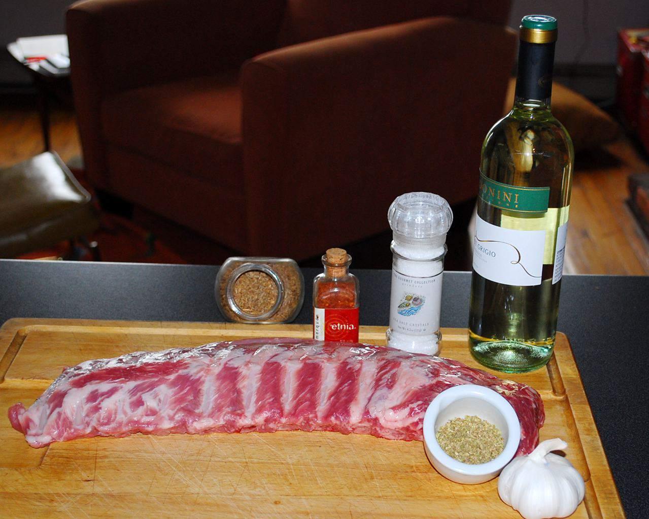 Ingredientes para marinar un costillar de cerdo