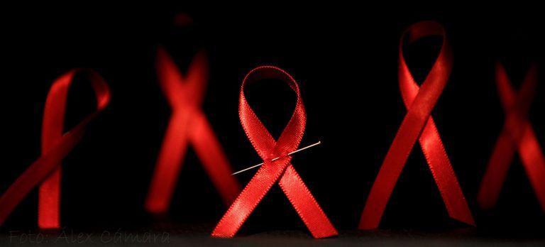 Los primeros síntomas del VIH suelen confundirse con los de la gripa común