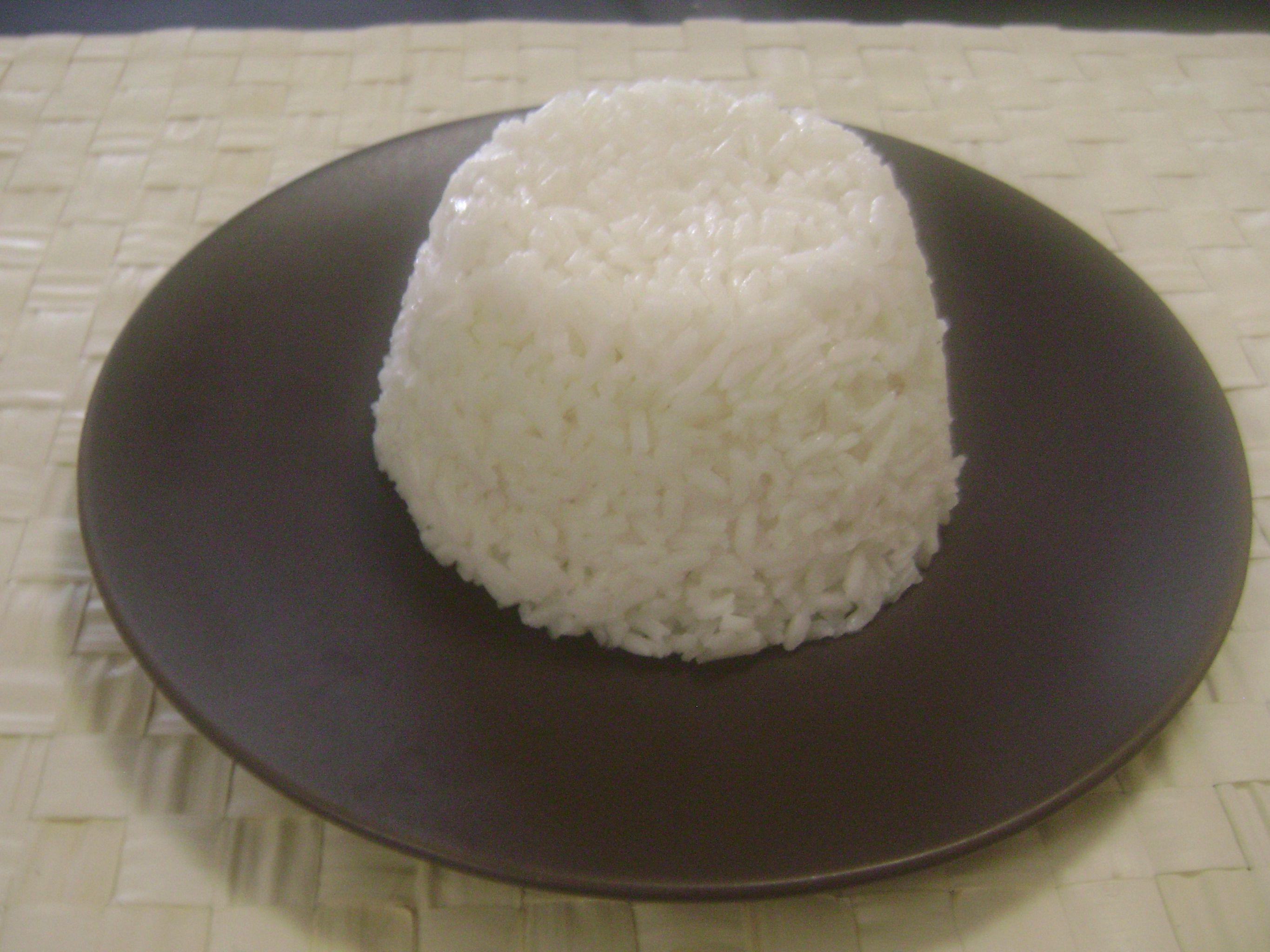 cuantas calorias contiene una porcion de arroz