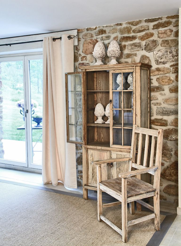 Vitrinas, aparadores y alacenas: muebles del comedor
