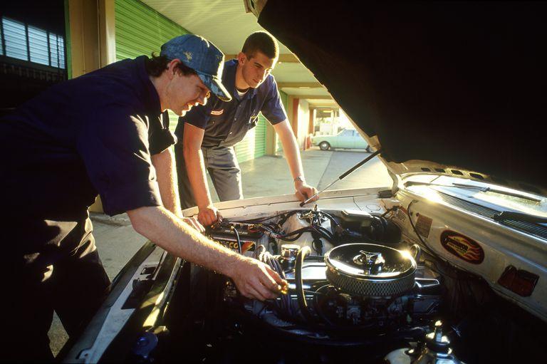 Mechanic_TonyBee_Getty.jpg