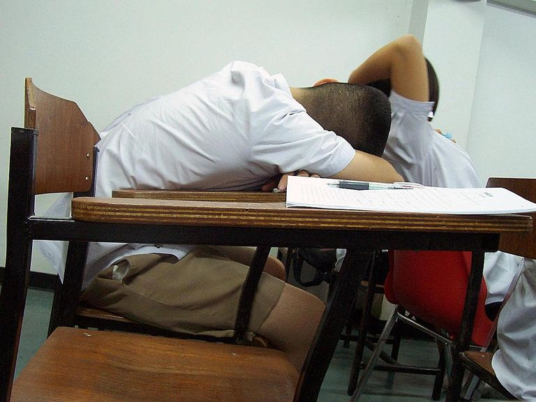 Sleeping_students.jpg