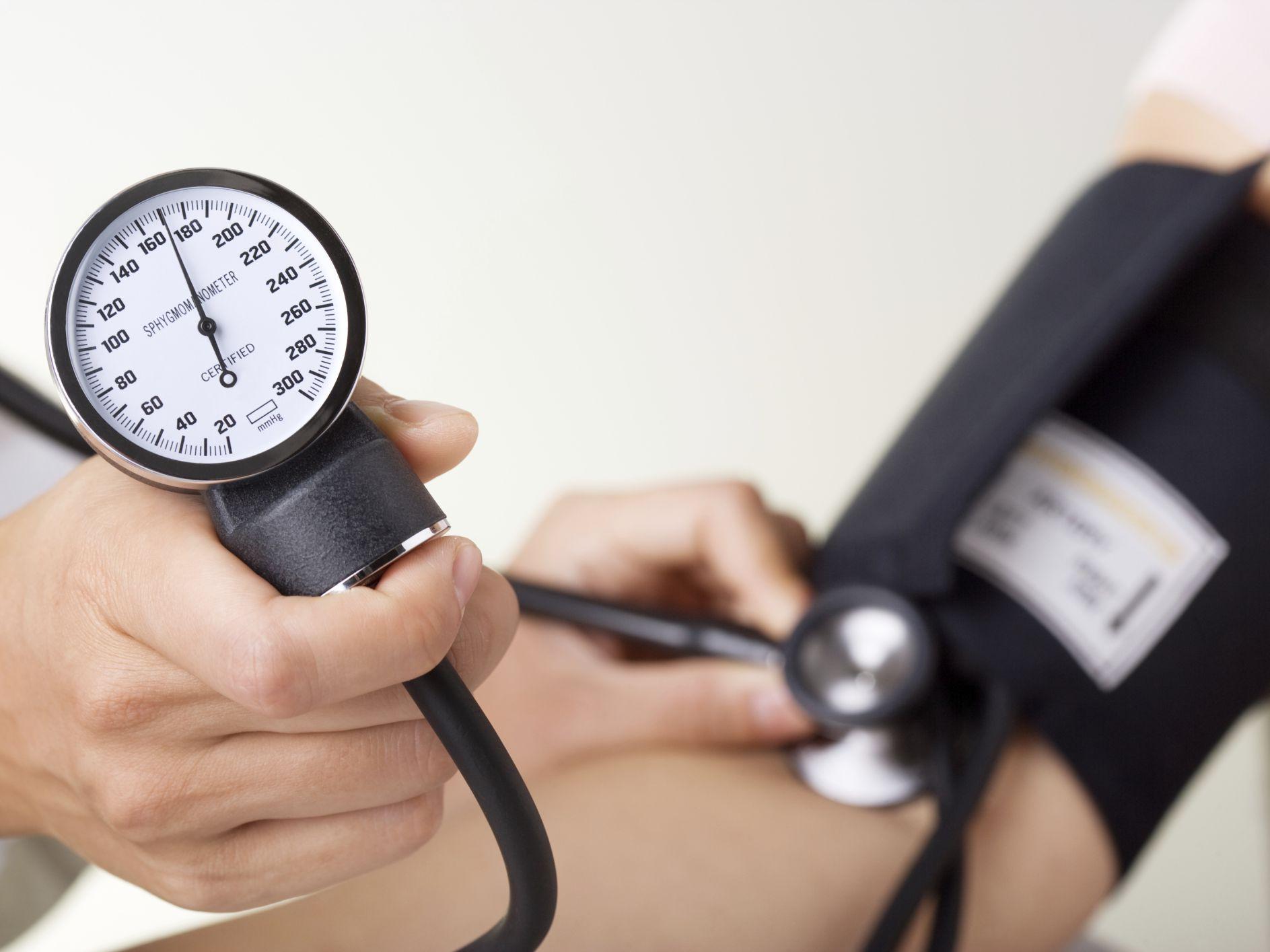 lecturas de diabetes y presión arterial