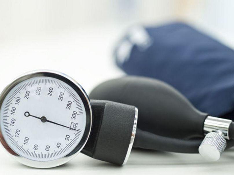 Lo que se considera presión arterial alta para una mujer de 55 años
