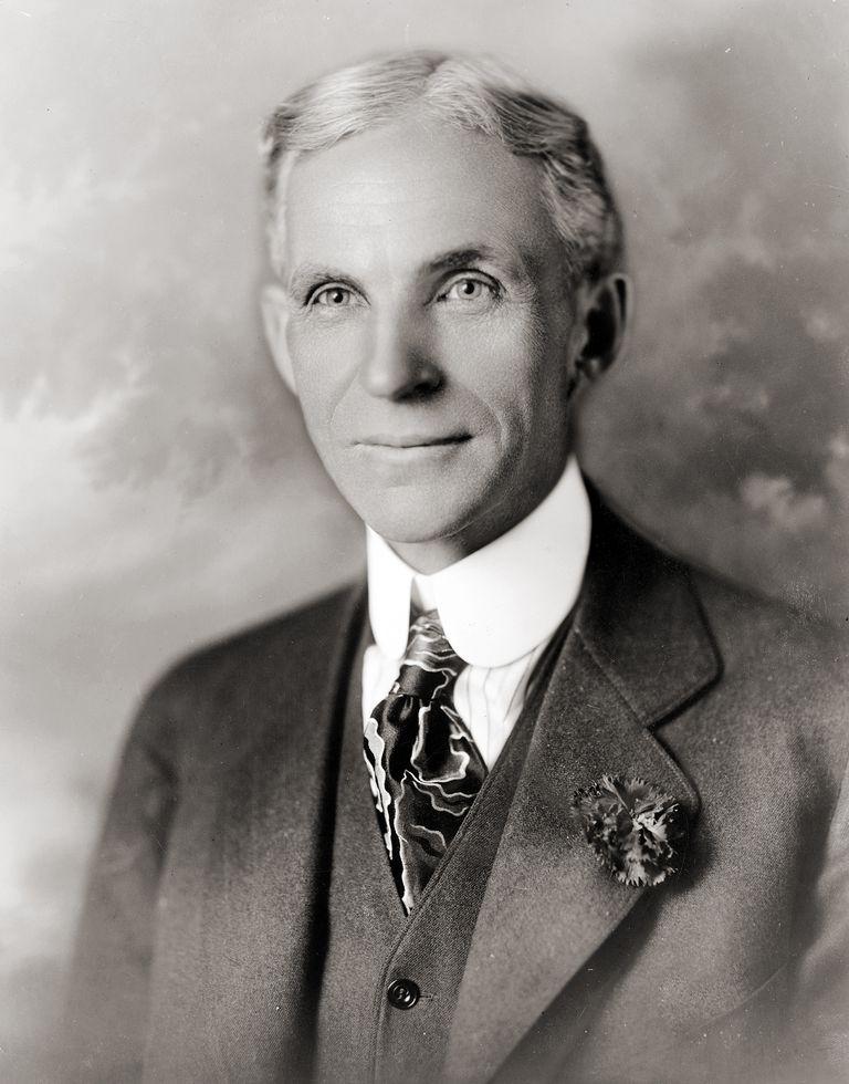 Henry_ford_1919.jpg