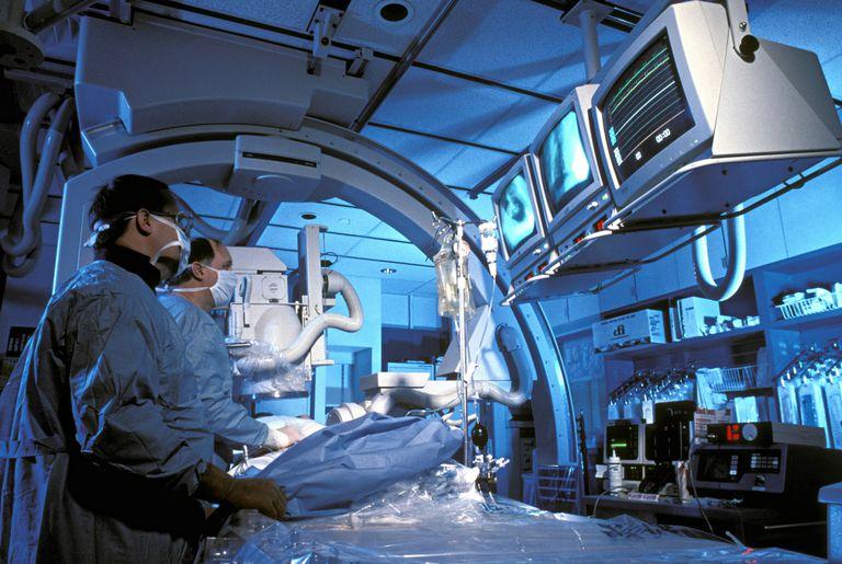 cateterismo cardiaco, angina de pecho, stent, cateter de balon