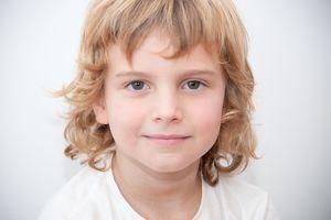 Retrato de un niño rubio