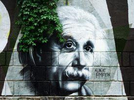 Retrato de Einstein, mural