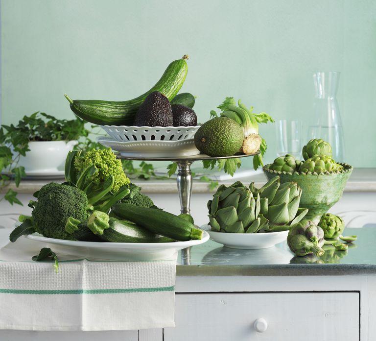 Los alimentos de hojas verdes previenen la migraña