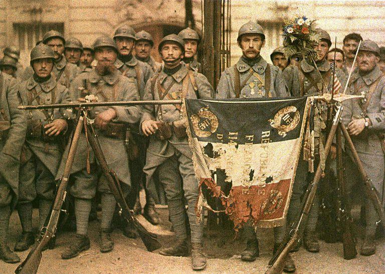 El 114 de infantería, en París, el 14 de julio de 1917