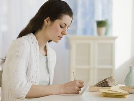 Plan de accion, consejos, y utiles ejemplos para escribir tus notas de agradecimiento.