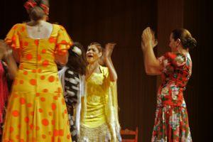 La rumba flamenca es un baile festero.