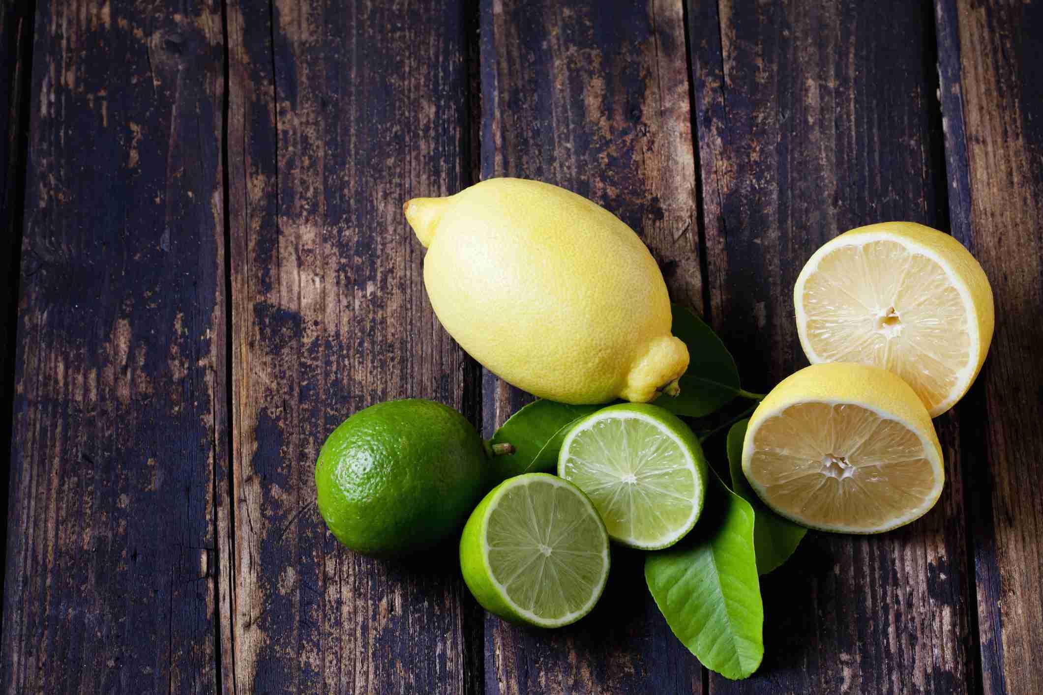 limón verde y limón amarillo