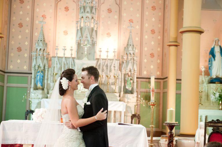 Matrimonio Catolico Misa : Ceremonia de matrimonio católico con misa