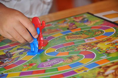 Siete Juegos Divertidos Para Jugar En Familia