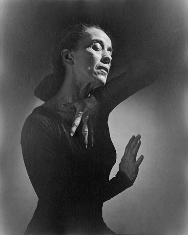 Martha Graham, 1948 Foto de Yousuf Karsh (Dominio público via Wikimedia Commons)