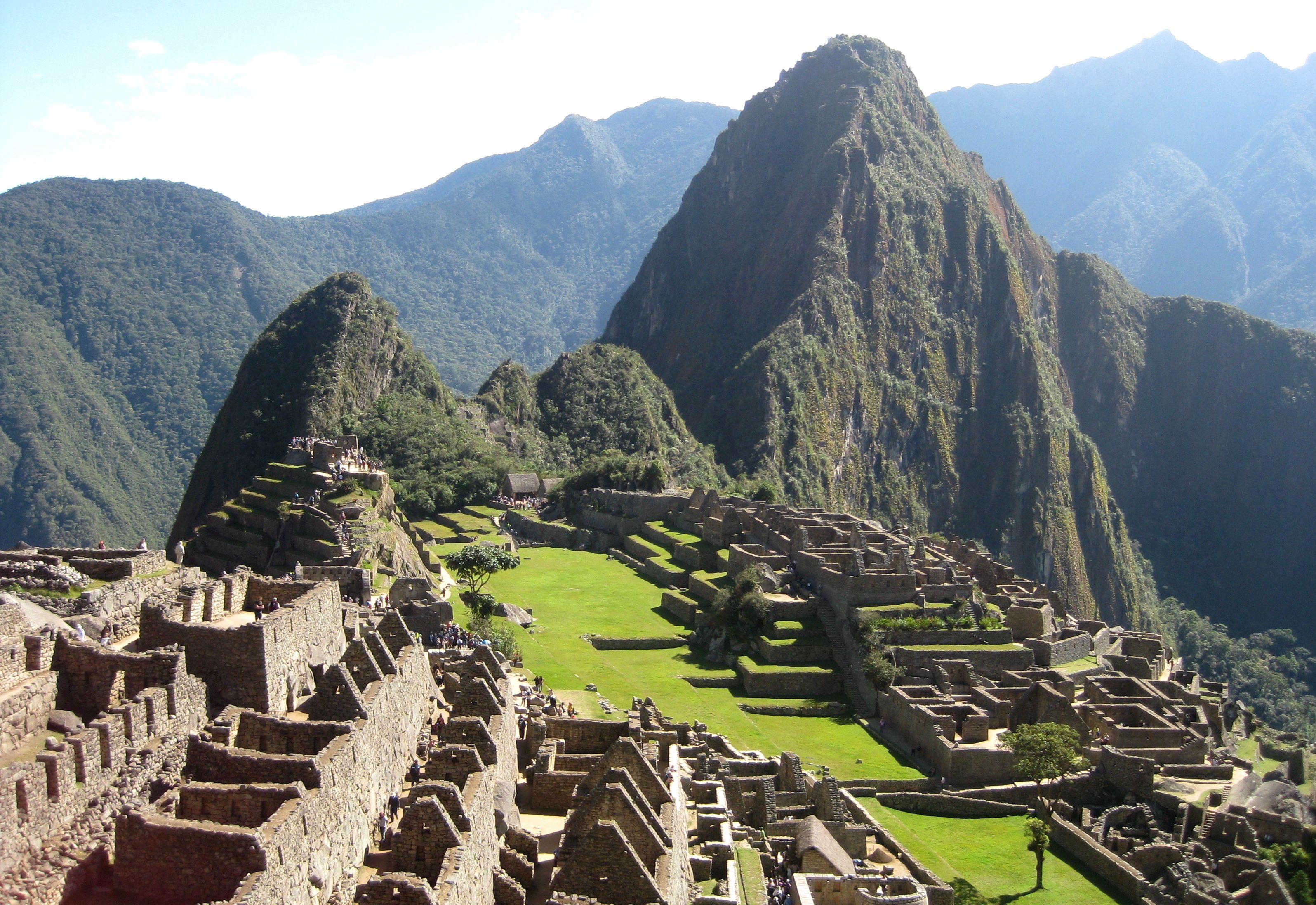 Santuarios Historicos Del Peru