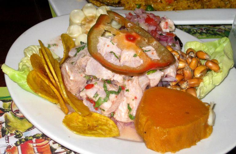 ceviche-con-cancha-serrana-_-mixha-zizek.JPG