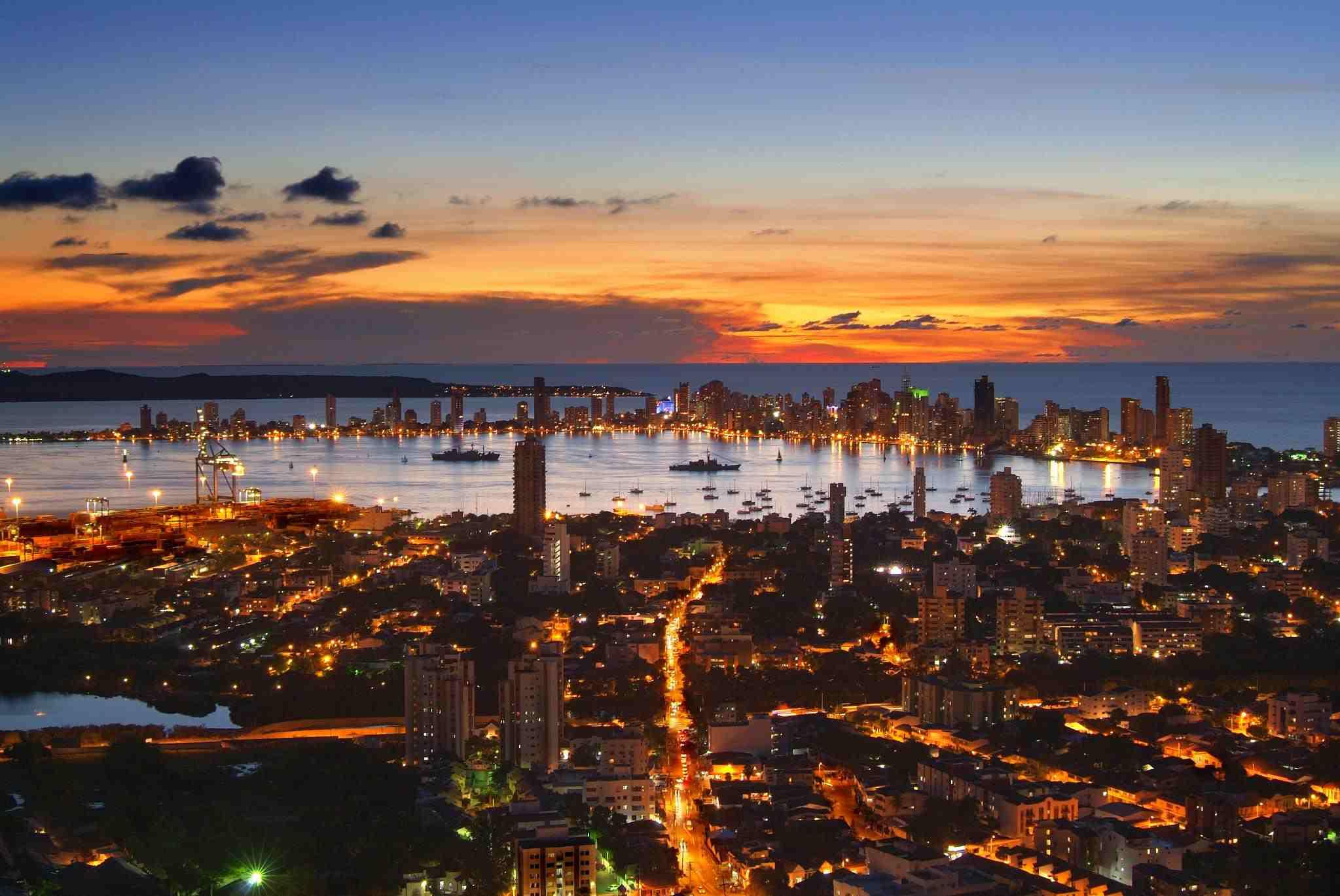 Atardecer en la bahia de Cartagena de Indias