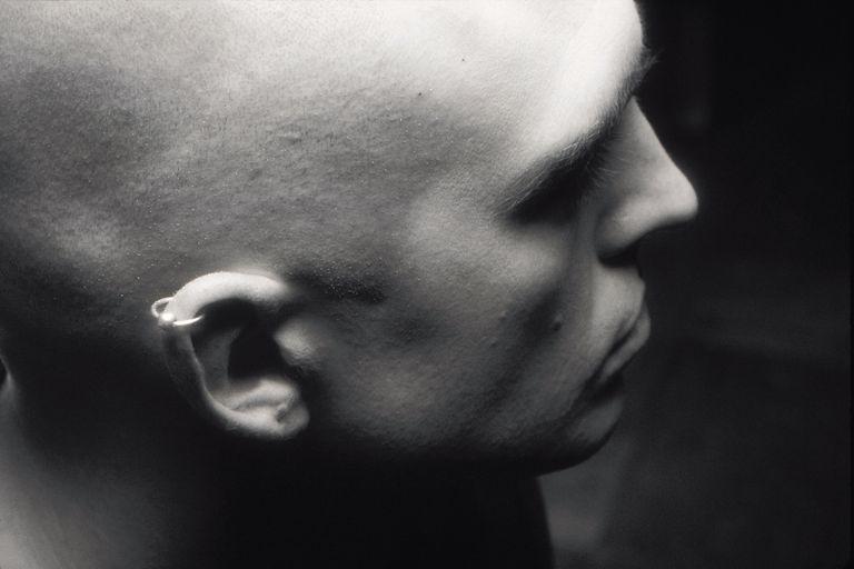 Piercing en el hélix