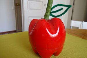 caja con forma de manzana