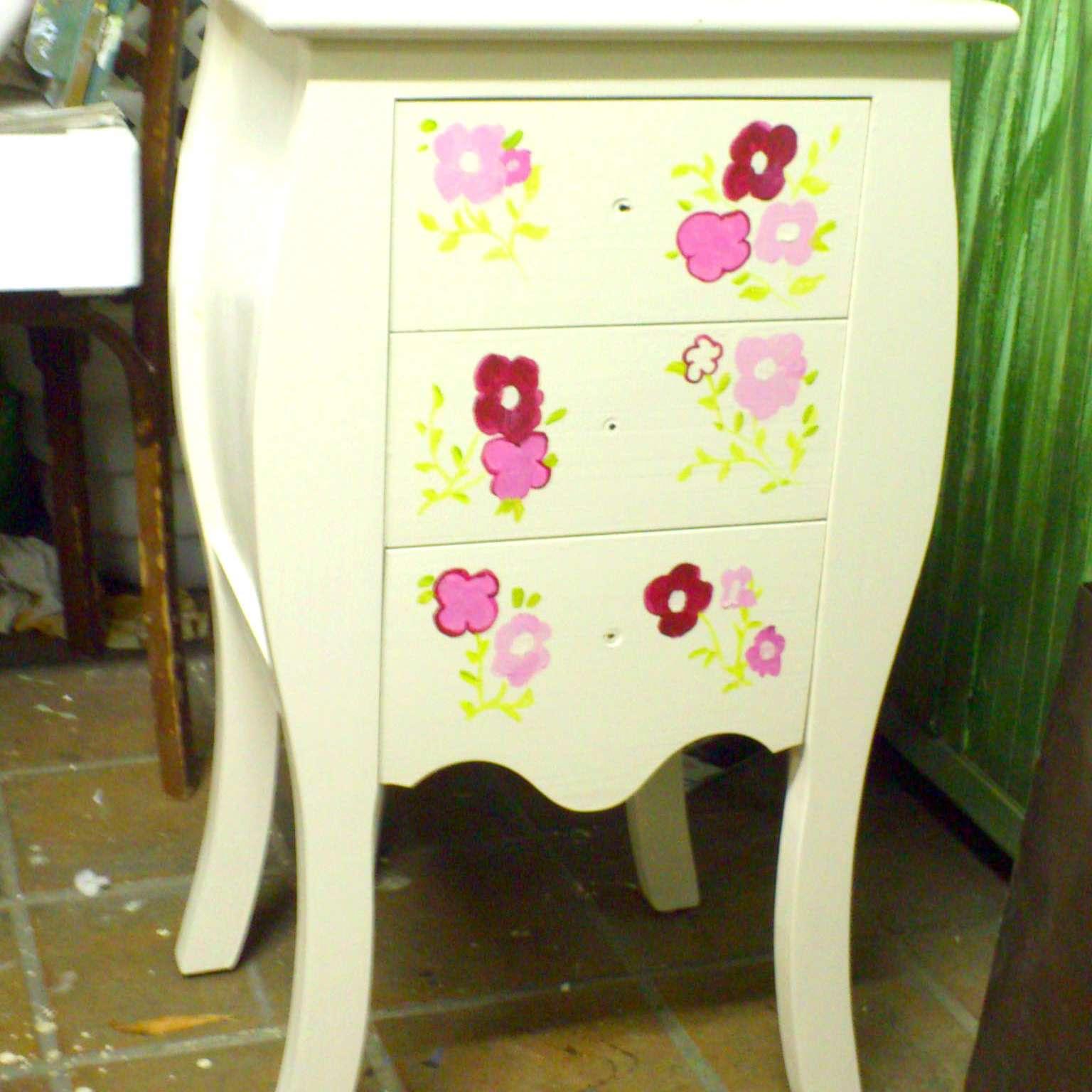 Decorar-muebles-con-pintura
