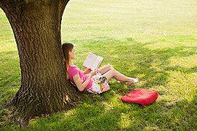 La naturaleza y un buen libro son una maravillosa compañía
