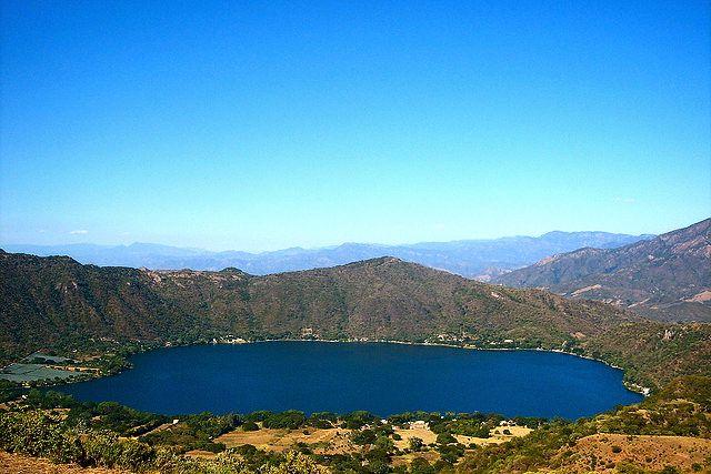 Laguna-de-Santa-Maria-del-Oro-.jpg