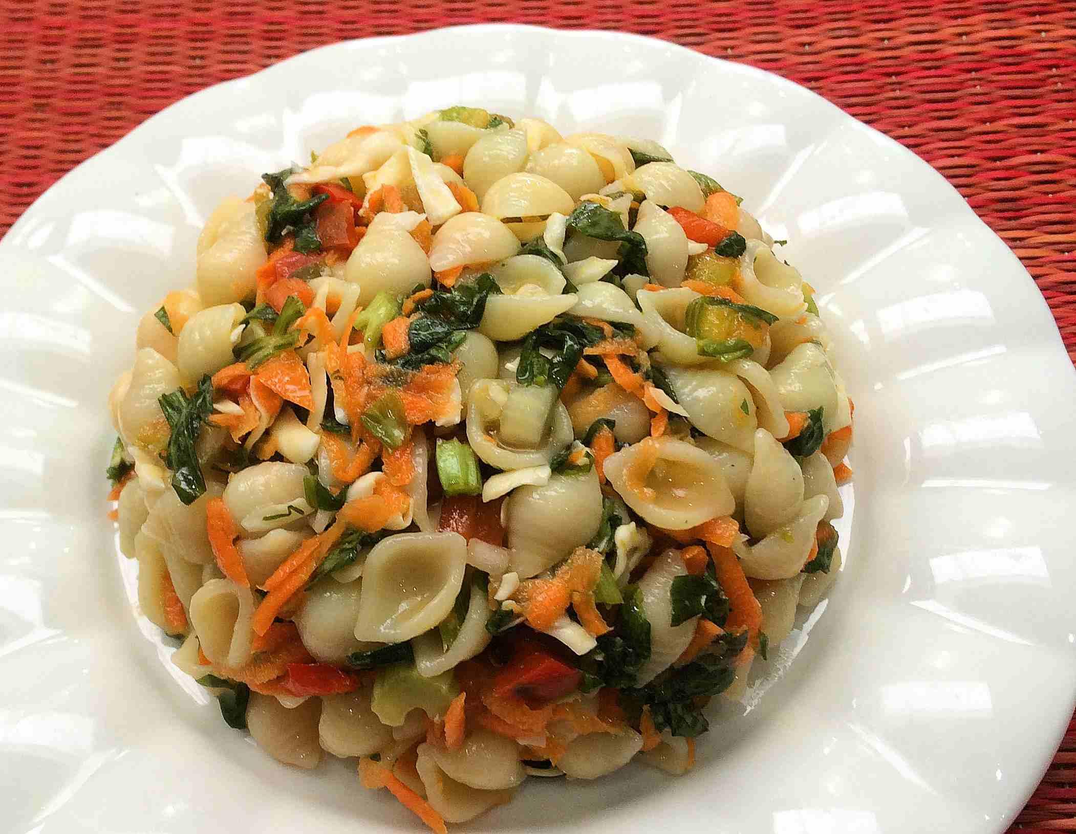 Ensalada-de-pasta-con-vinagreta