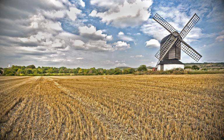 Uno de los usos originales del molino de viento era moler granos.