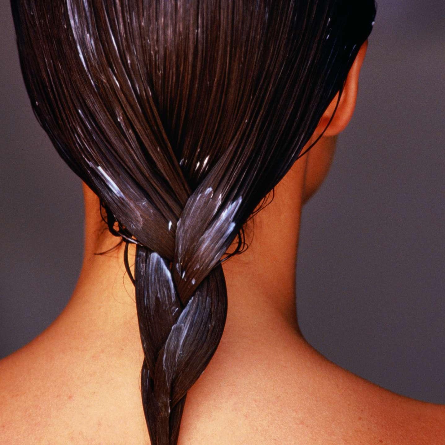 cabello con acondicionador