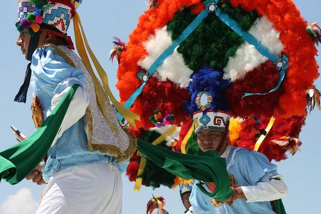 Danzantes de la Guelaguetza