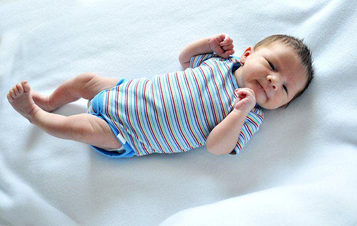 6ff7216c2 Ropa de bebé  las 10 prendas que necesita tu recién nacido