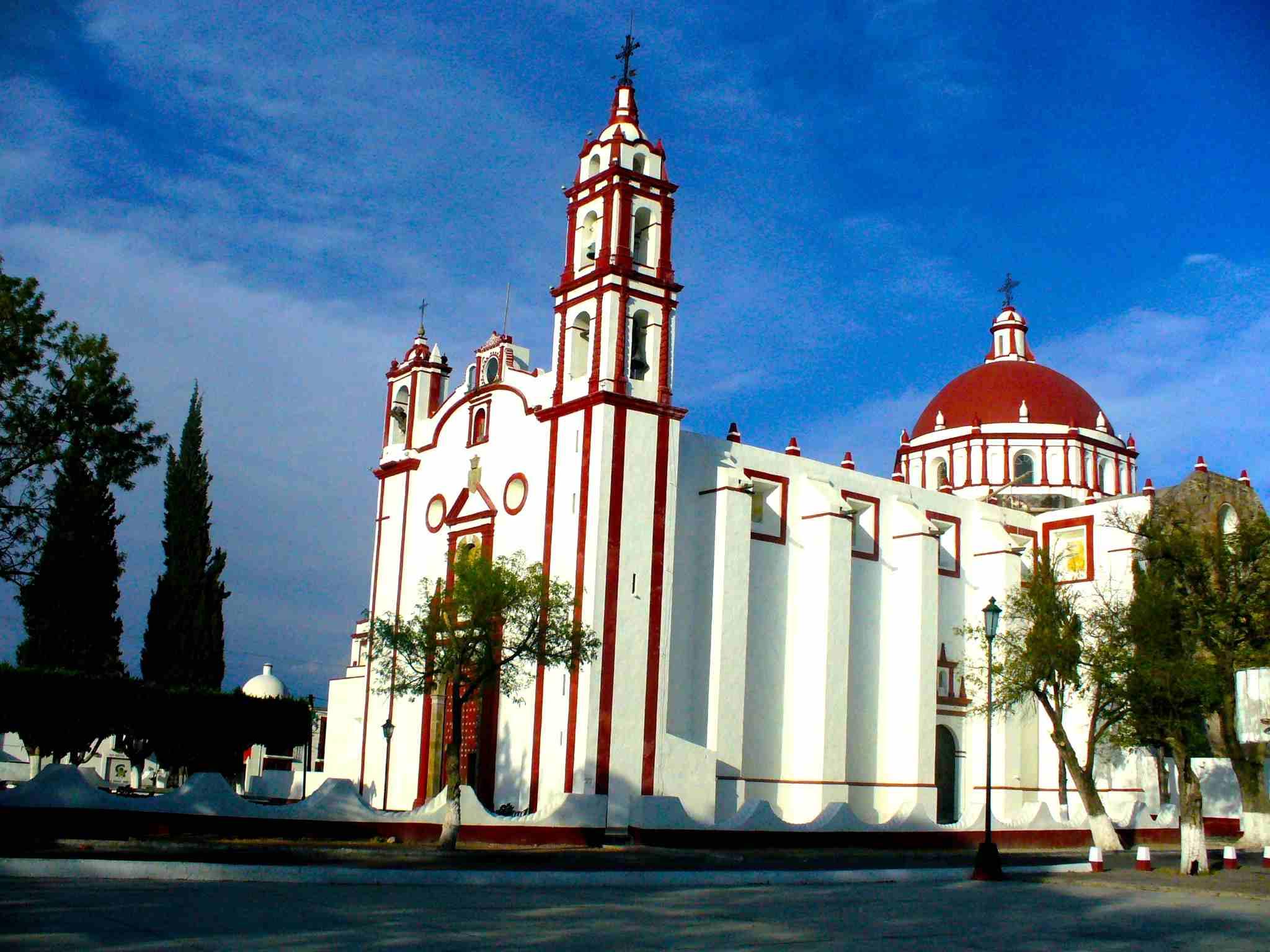 Parroquia-de-Santiago-Apostol-Tecali.JPG