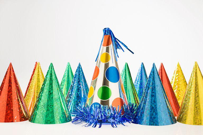 Party hats/sombreros de fiesta