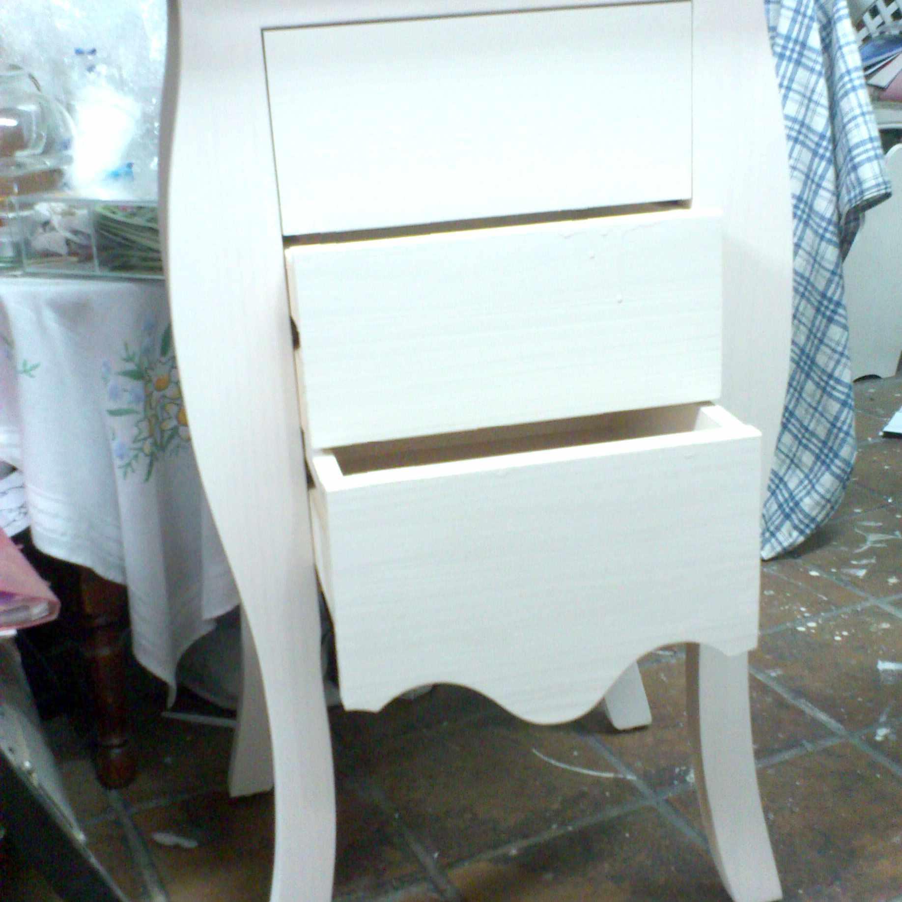 pintar-muebles-de-madera