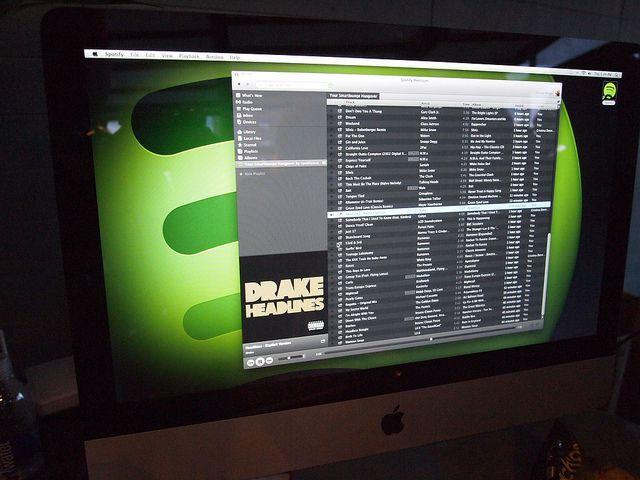 Spotify ejecutado en un ordenador, donde se ve su interfaz