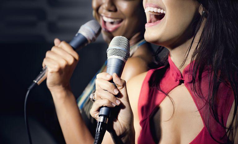 Karaoke en la recepción de bodas ¡Un mega éxito!