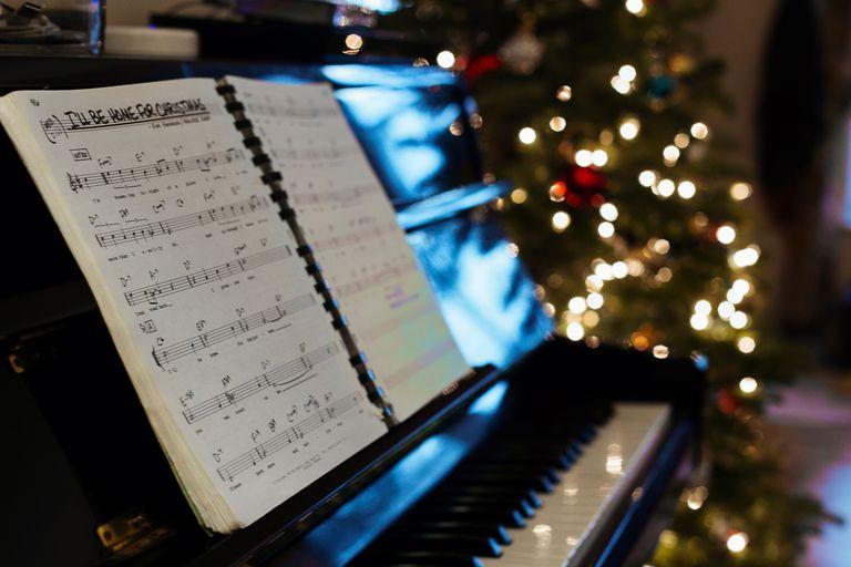 Escuchar Cancion Feliz Navidad.Villancicos De Navidad Con Ritmos Modernos