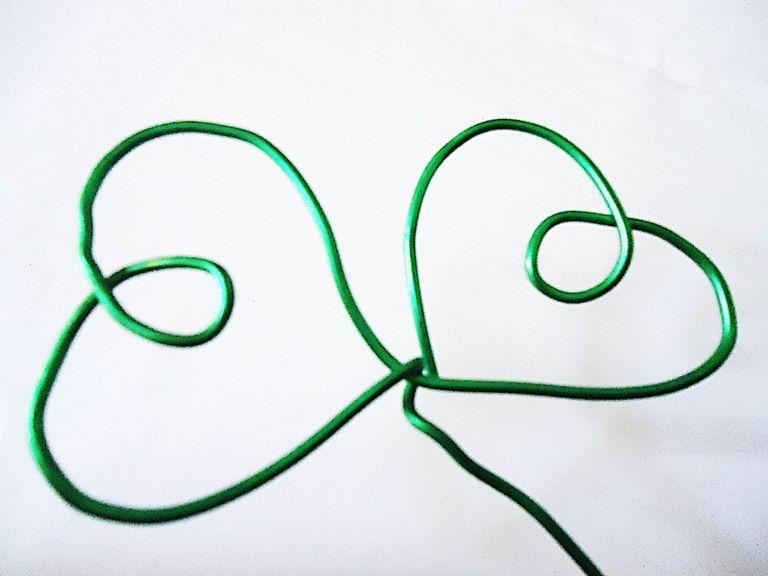 Como hacer figuras de alambre.