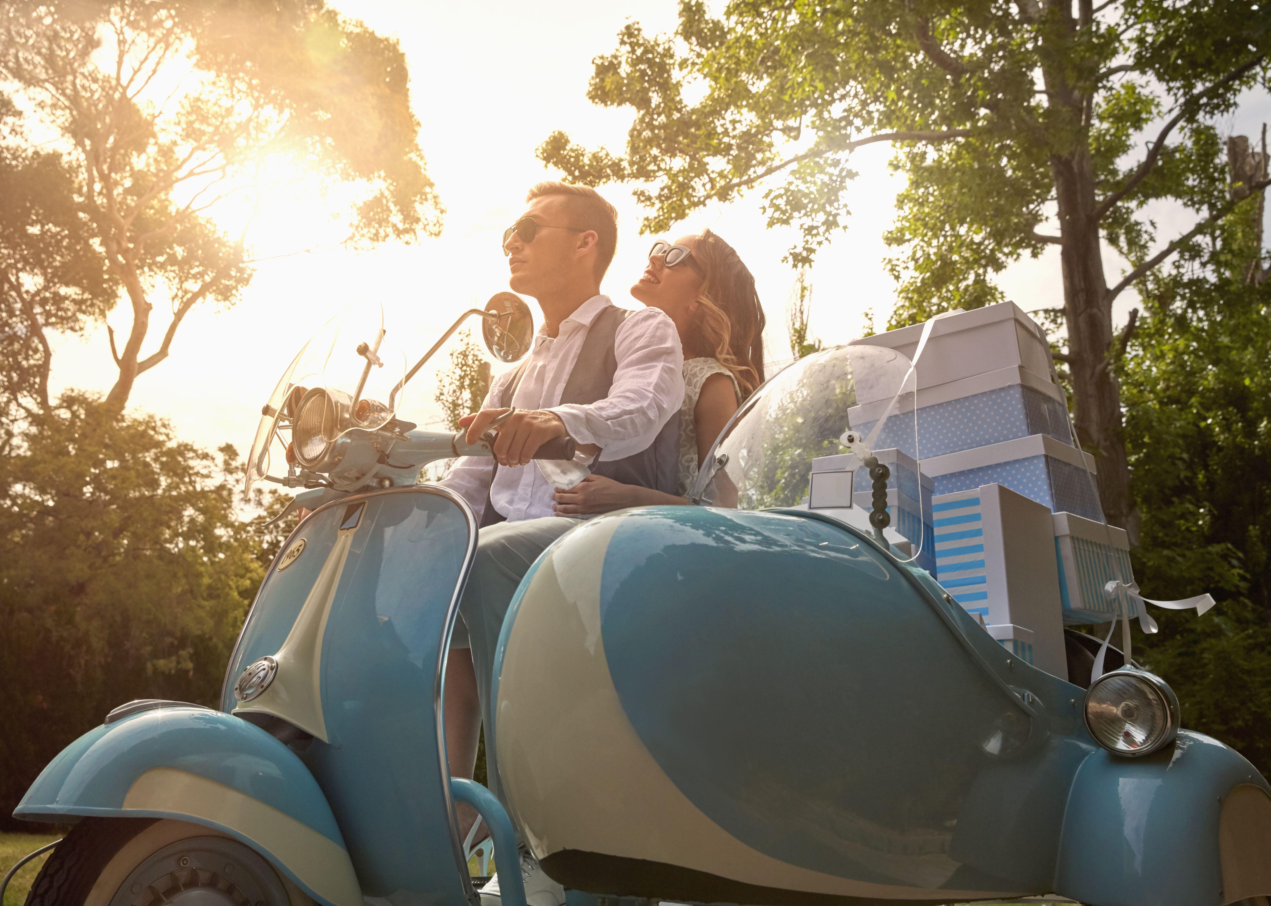Una boda progresiva puede ser la solución perfecta para parejas con grandes grupos de amigos y familiares en diferentes ciudades.