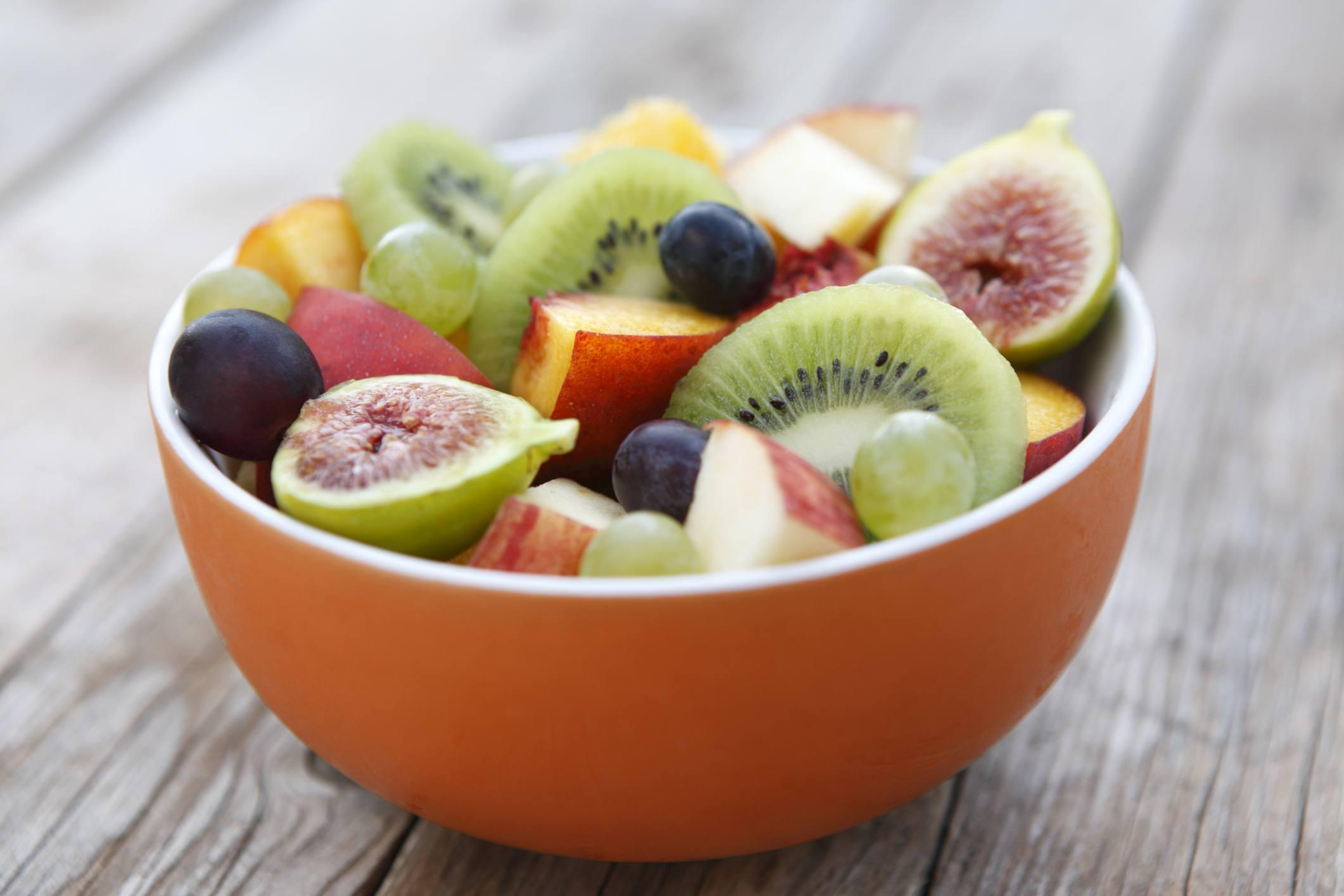 Desayuno nutritivo bol de frutas