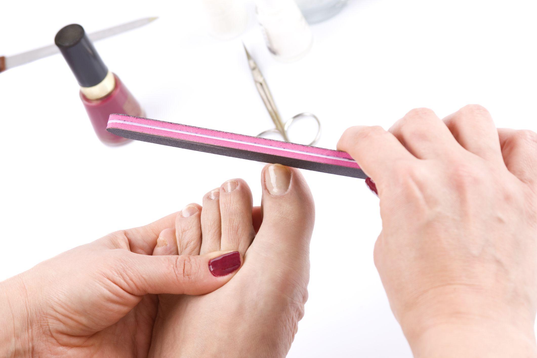 Pedicura- limar uñas
